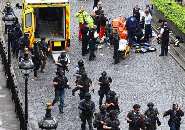 Теракт в центре Лондона: четверо погибших, более 20 пострадавших