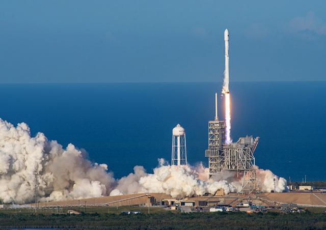 SpaceX впервые в истории запустила уже летавшую ракету