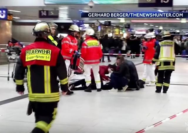 Мигрант с топором ранил 7 человек на вокзале Дюссельдорфа