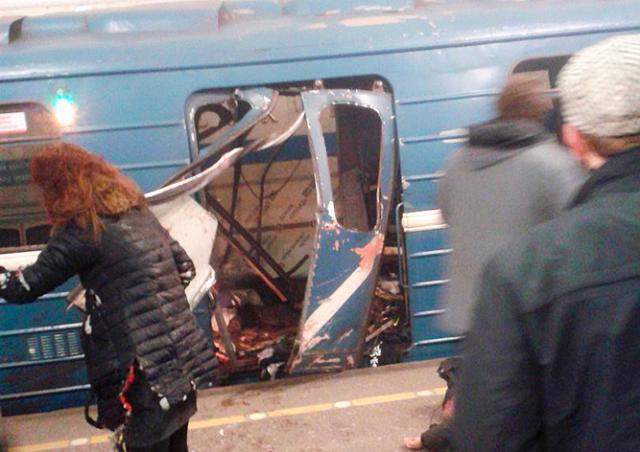 Взрыв в метро Санкт-Петербурга: есть жертвы